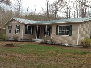 house near Linden Hohenwald TN
